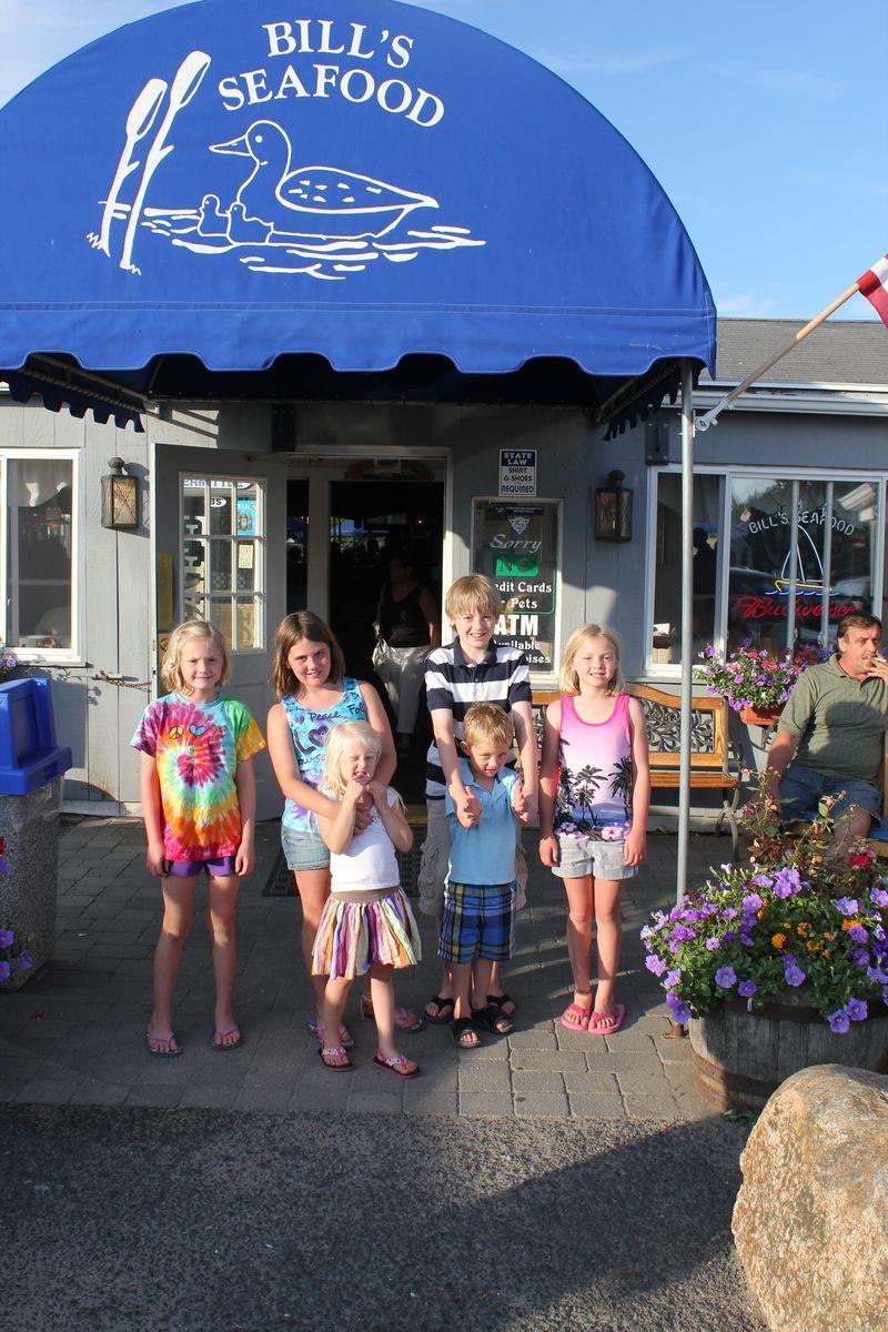 Kids bills seafood